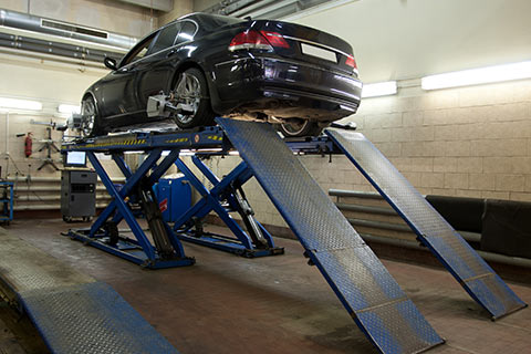Hydraulic Automotive Lifts